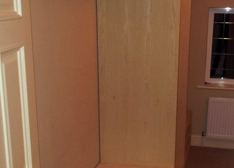 Marlow walk-in wardrobe, in natural Ash veneers